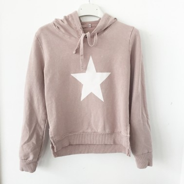 Star girl jumper