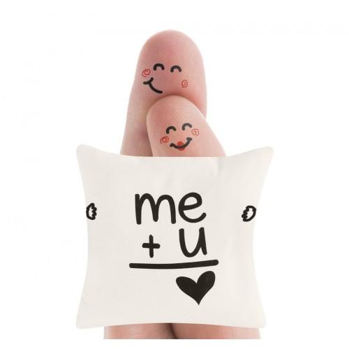 Cojín Me+U